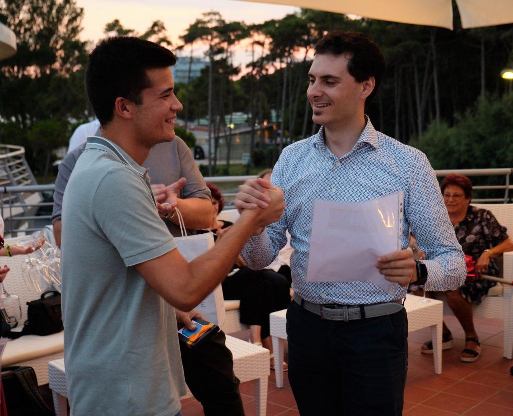 Damiano e Daniele Angeli CEO di MOLO17 durante le premiazioni del concorso Knowledge Route